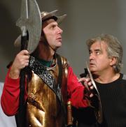 Fotografija s proba - Mihail Bulgakov: Von Lamot od mača, red. Želimir Mesarić; Marinko Prga i Ljubomir Kerekeš, foto: Darko Gorenak
