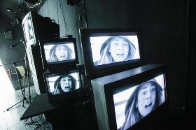 #RADNI NASLOV ANTIGONA Jazmíne Sequeire i Luciana Delprata u režiji Renate Carole Gatice,