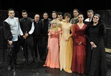 Vladimir Stojsavljević: NIKOLA SEDMI, redatelj: Romano Bogdan; ansambl predstave s autorom i redateljem